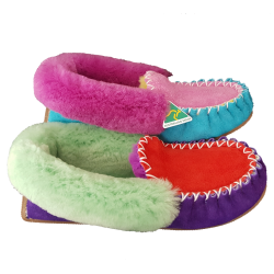 Ram-Dom! Sheepskin Moccasin Slippers side